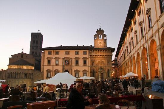 Eventi toscana fiera antiquaria for Idea casa arezzo